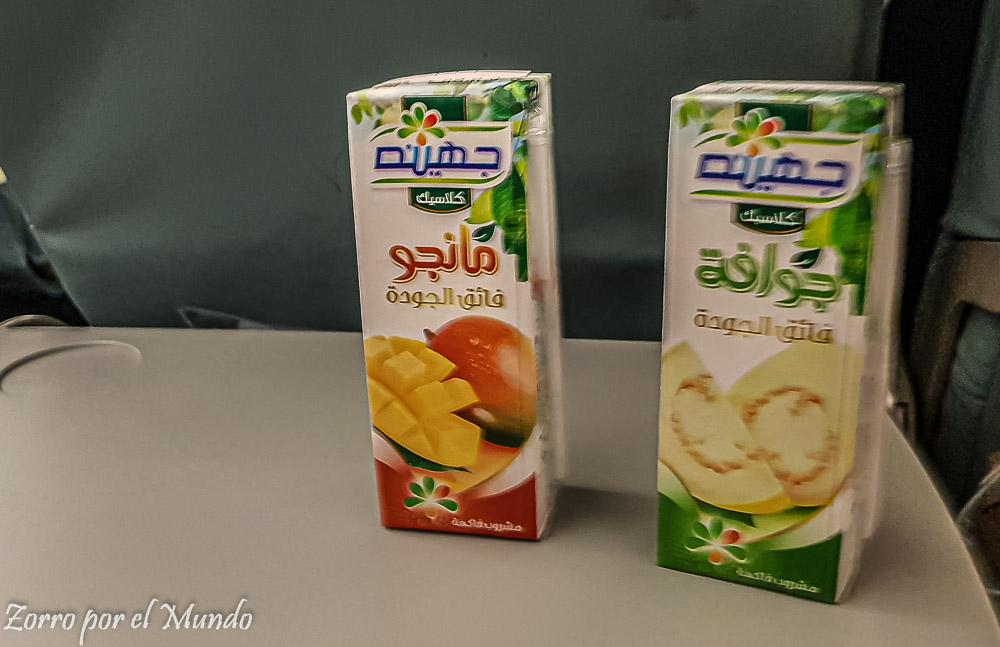 Jugos egipcios de mango y guayaba