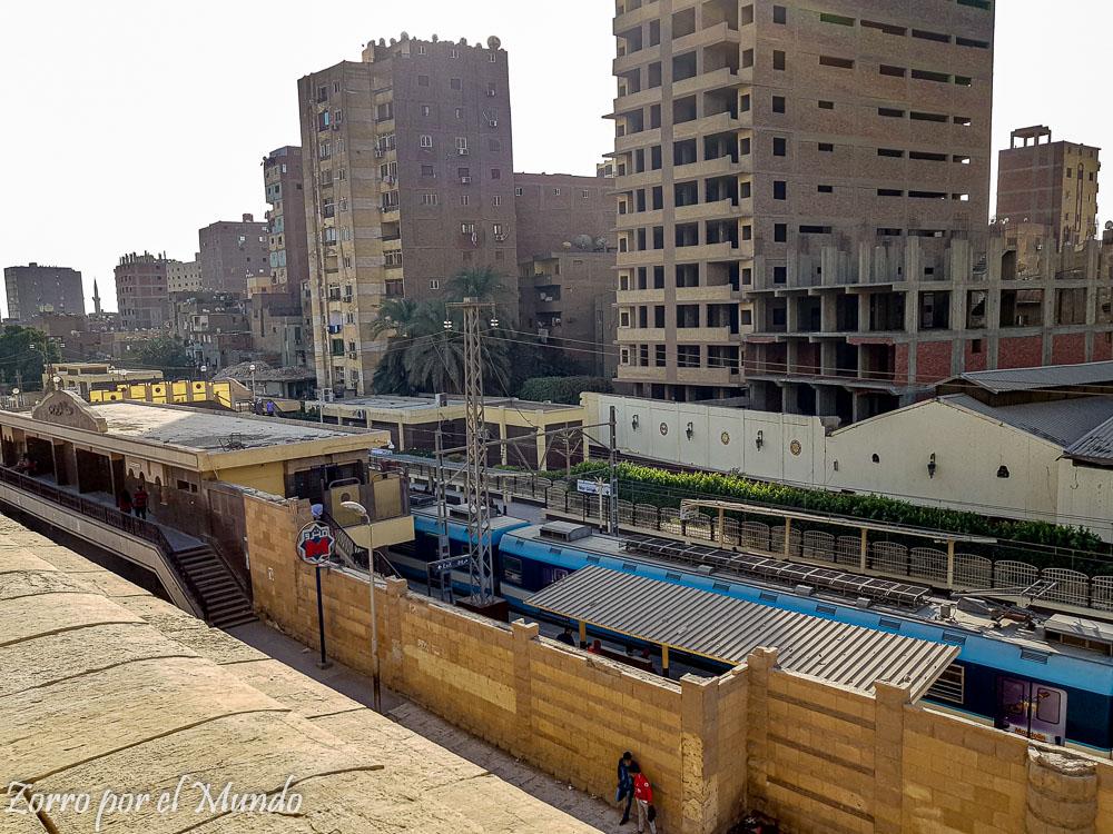 Estación de Tren de Giza de día