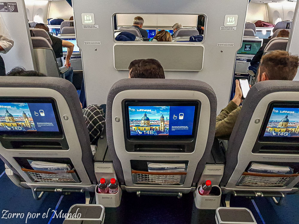 Vista Business Class Lufthansa desde Premium Economy Lufthansa