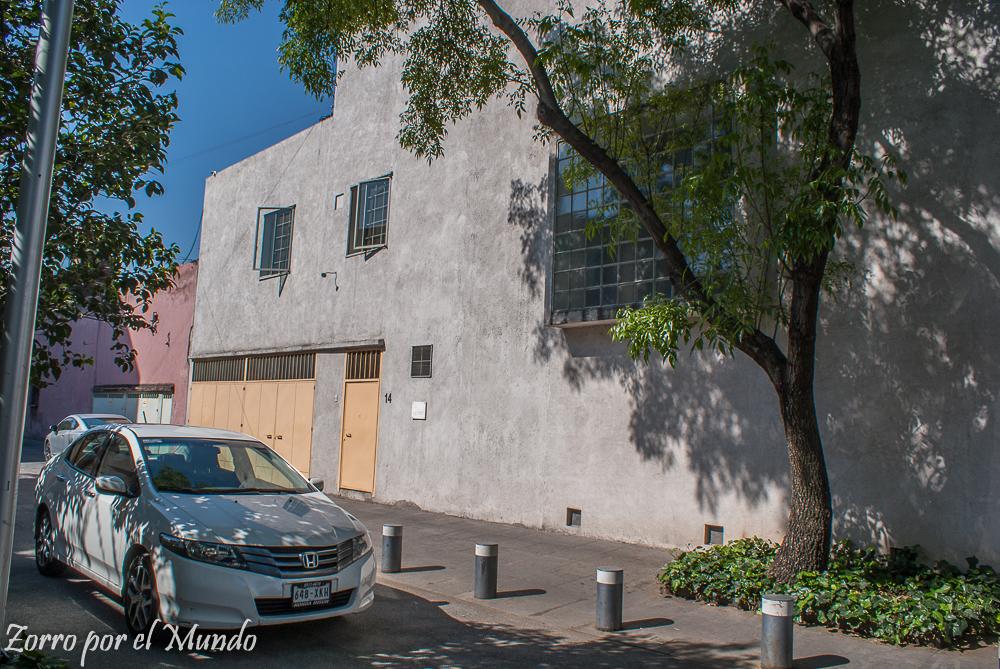Fachada de la Casa Estudio Luis Barragán