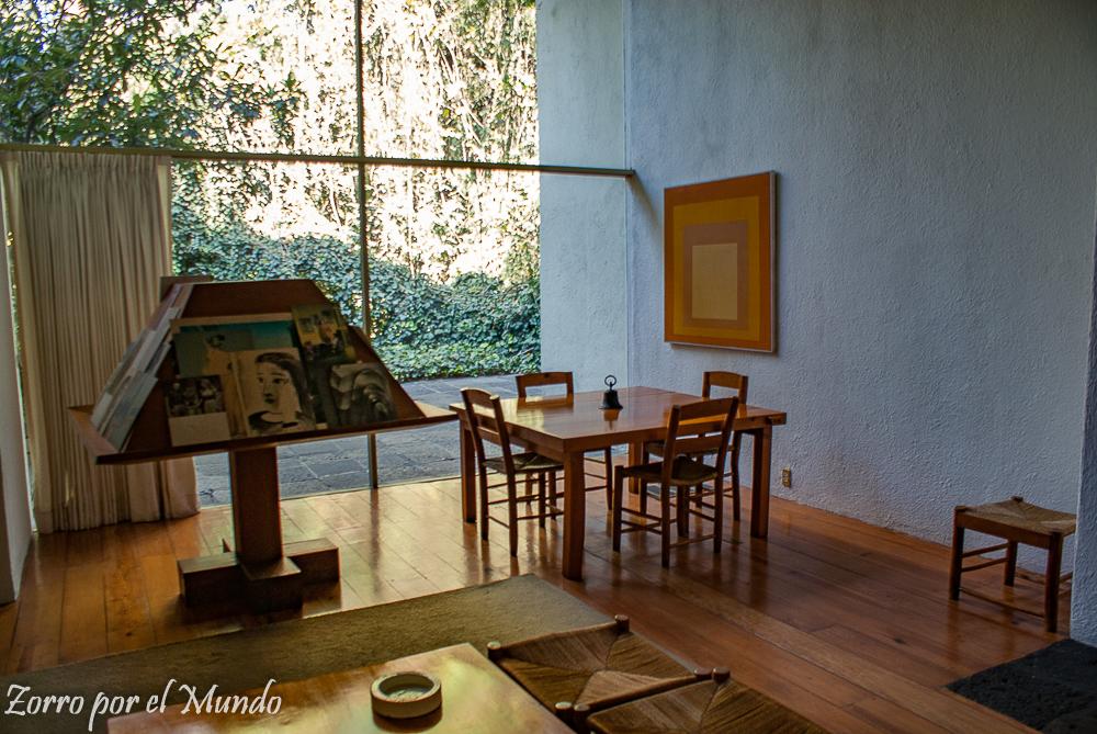 Sala en la Casa Estudio Luis Barragán