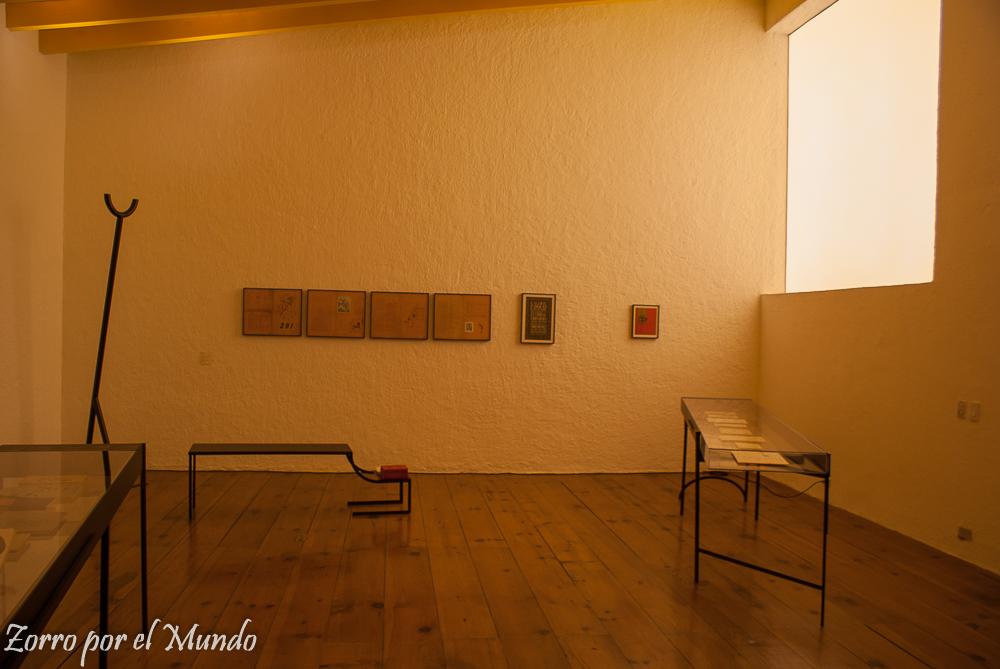 Exposición en lo que era el taller de Casa Estudio Luis Barragán