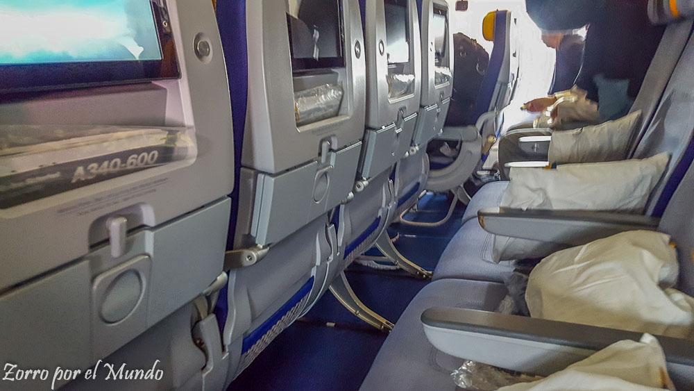 Configuración A340 Lufthansa Economy