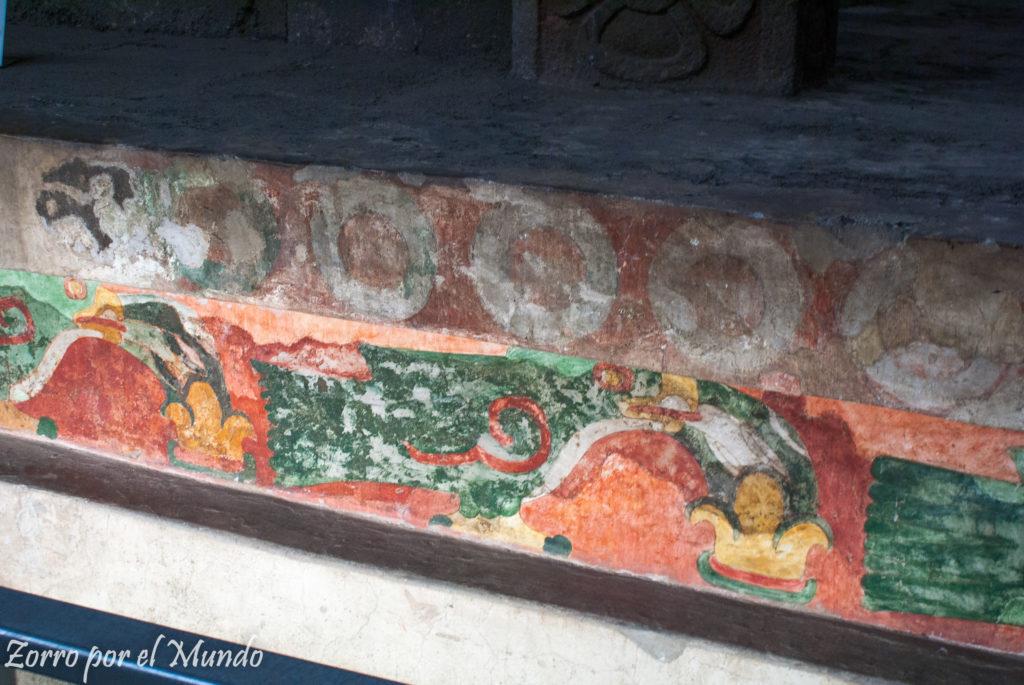 Murales en el patio de los jaguares