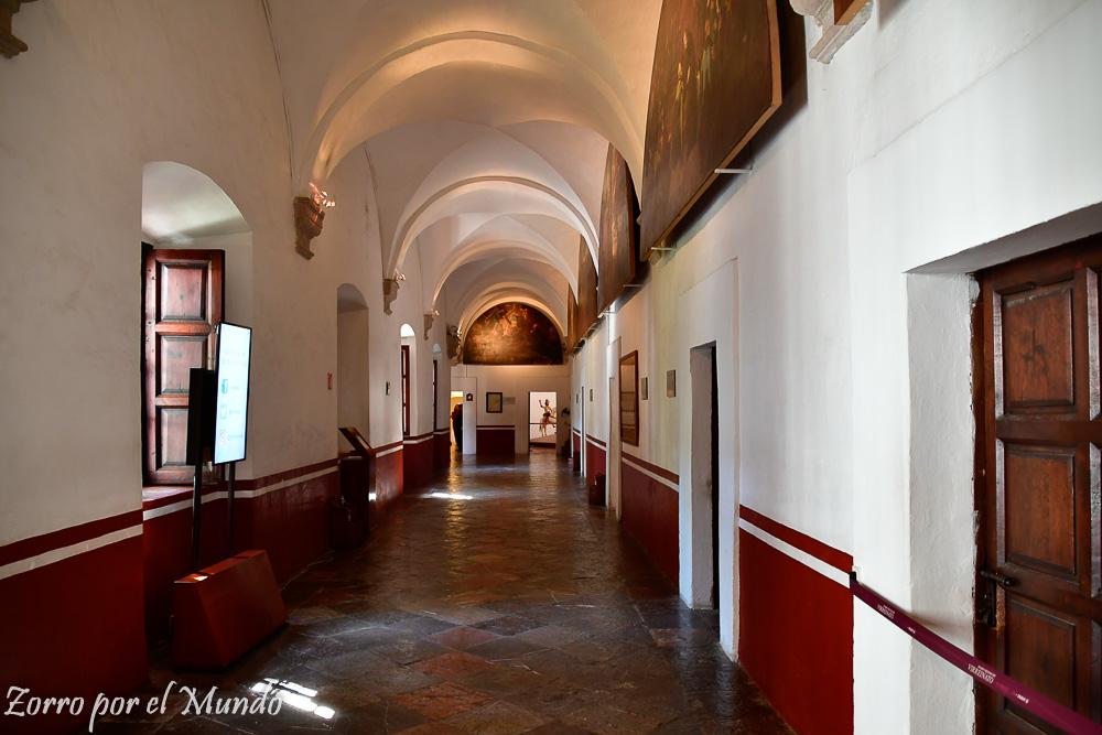 Pasillo del Colegio de San Francisco Javier