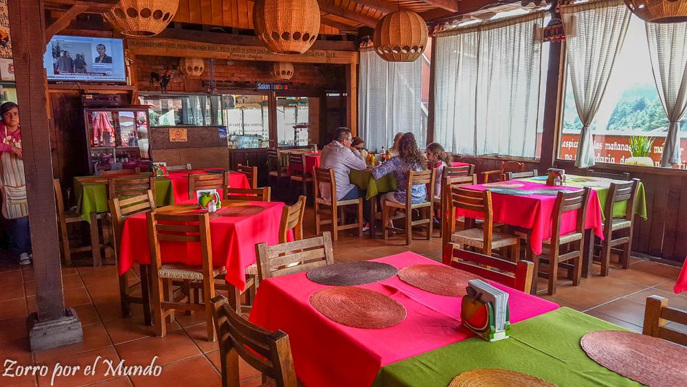 Parte el interior del restaurante
