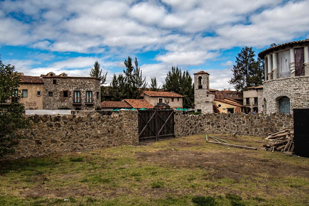 Edificios en construcción de Val'Quirico