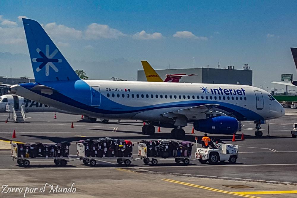 Avión Interjet