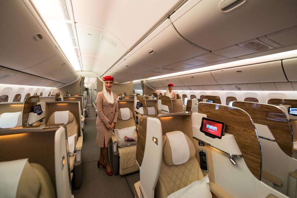 Vista frontal de los Asientos Business Emirates